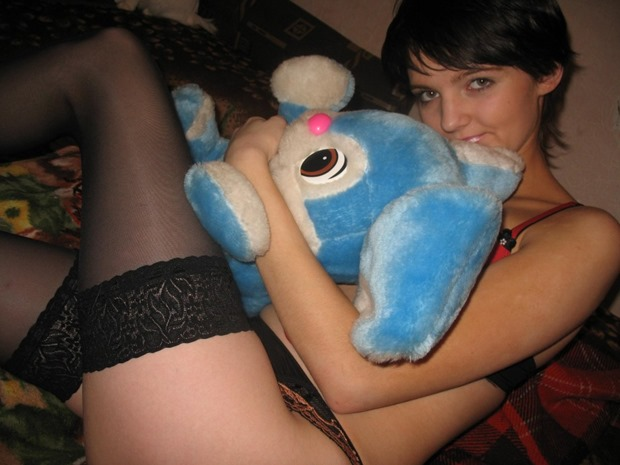 UK girl wants to trade her plushie for your cock